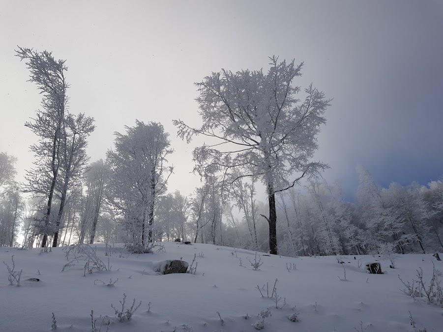 Luboteni Peak